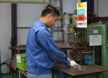 【スタッフインタビュー】製造部在籍ベトナム実習生 Tさん、Kさん
